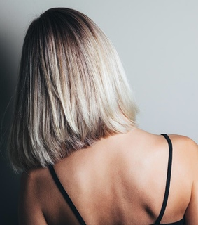 ?sia, style and light hair