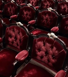 seats, fancy and gold