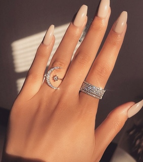 jewelry, nails and luxury