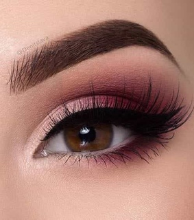 Lazy, brows and cosmetics