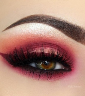 makeup, smokey and red