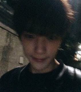 blurry, changkyun and grainy