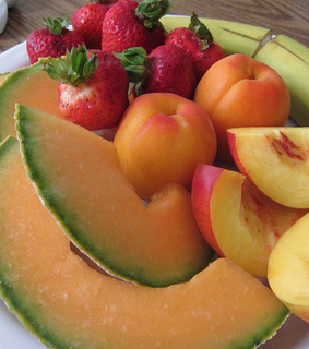 FRUiTS, delicious and diet