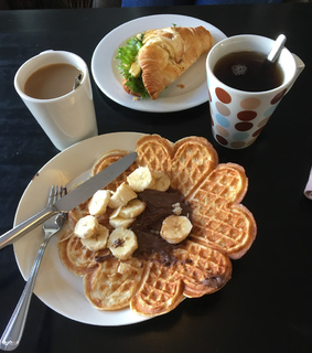 food, nutella and croissant