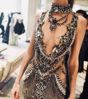 amazing, black and details