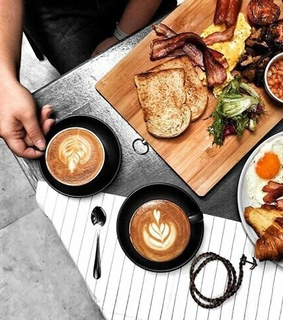 breakfast, brunch and cafe