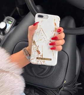 gold, iphone and long nails