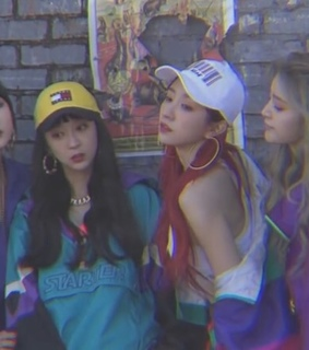 exid, hyerin and 90s