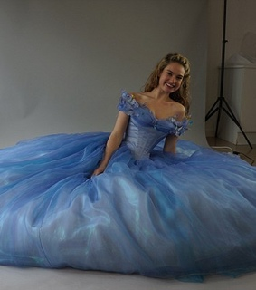 cinderella, costumes and lily james