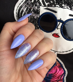 gel nails, love and blue
