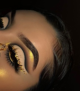 lashes, glow and gold
