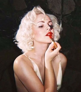 Marilyn Monroe, alternative and lizzy
