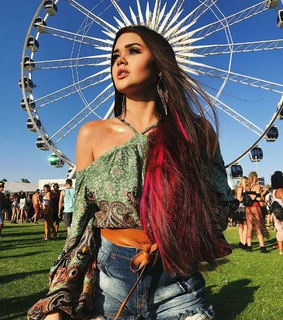music festivals, hairstyle and spring break