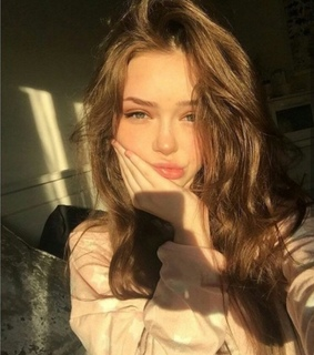 sunlight, beauty and hairs