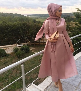 hijabista, party look and pink