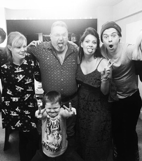 Harry Styles, family and 1d