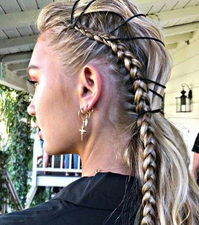 romee strijd, hairstyle and diy