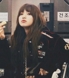 lisa, low quality and aesthetic