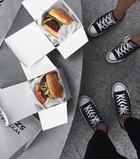 aesthetic, burgers and converse