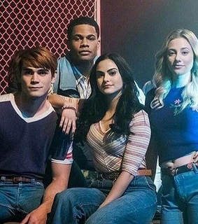 archie andrews, betty cooper and camila mendes