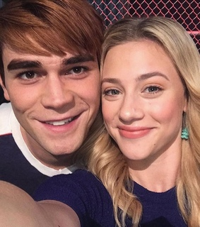 riverdale, archie andrews and lili reinhart
