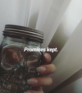 instagram, nails and promises