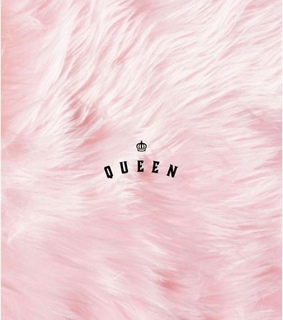 Queen, fondo and pink