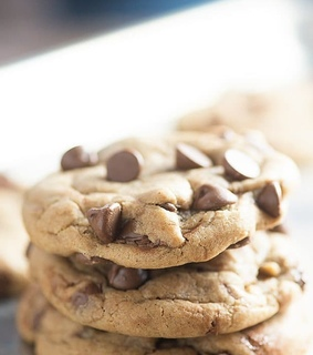 Cookies, chocolate and desserts
