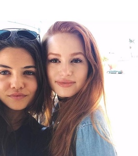 f the prom, danielle campbell and madelaine petsch
