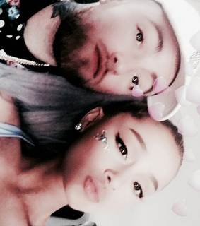 ariana grande, couple and couples