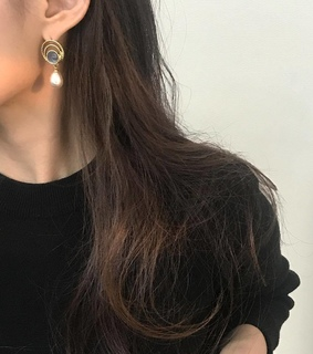 earrings, jewelry and minimal