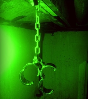 glow, grunge and green
