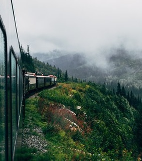 train, photo and traveller