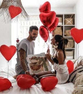 baloons, Relationship and goals