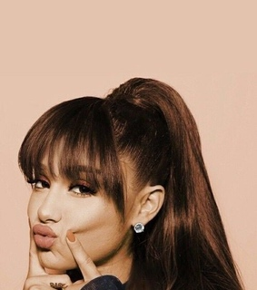profile, ariana grande and twitter