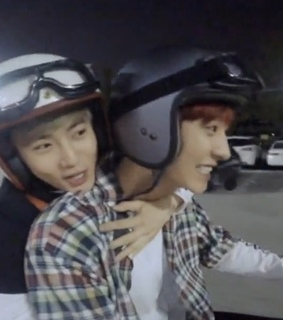 low quality, junmyeon and pcy