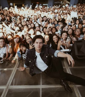 fans and cole sprouse