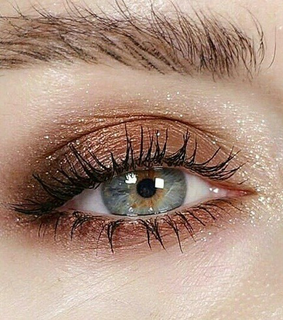 eyebrowns, make-up and blue