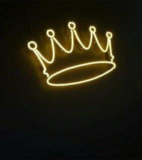 Queen, signs and neon