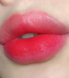 make up, lip balm and style