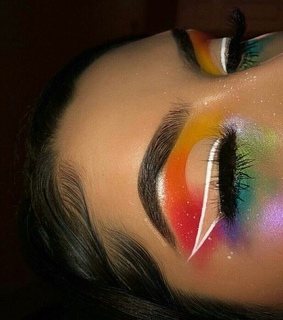 laid, makeup and aesthetic