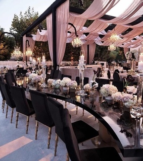 black, romantic and weddings