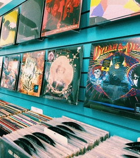60s, groovy and record store