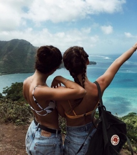braids, girls and travel