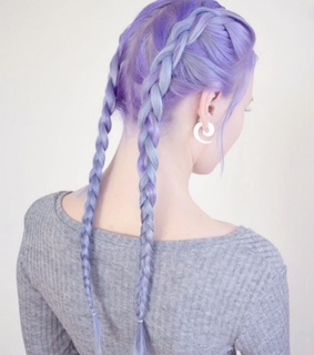 blue hair, boxer braids and scene hair