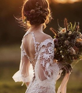 bridal, flowers and girls