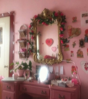 decor, house and mirror