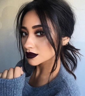 shay mitchell, hair and glam