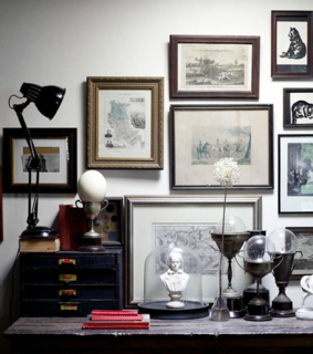 picture frames, decorations and vintage