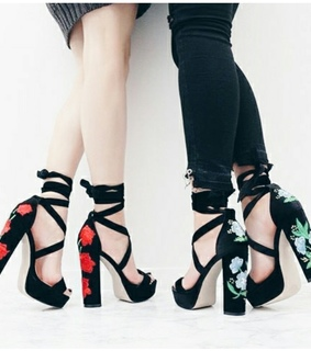 black, high heels and aesthetic